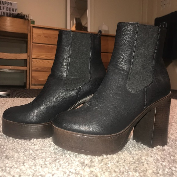 af964258fe5 KRUSH BLACK LEATHER HEELED BOOTS FROM ASOS